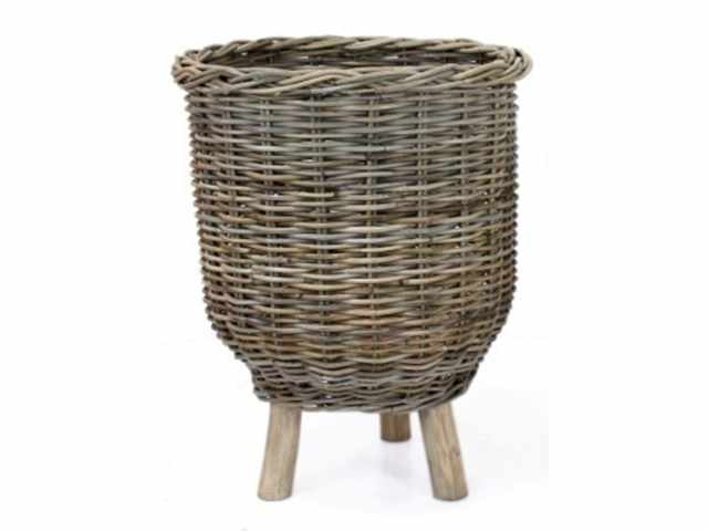 basket on legs rattan