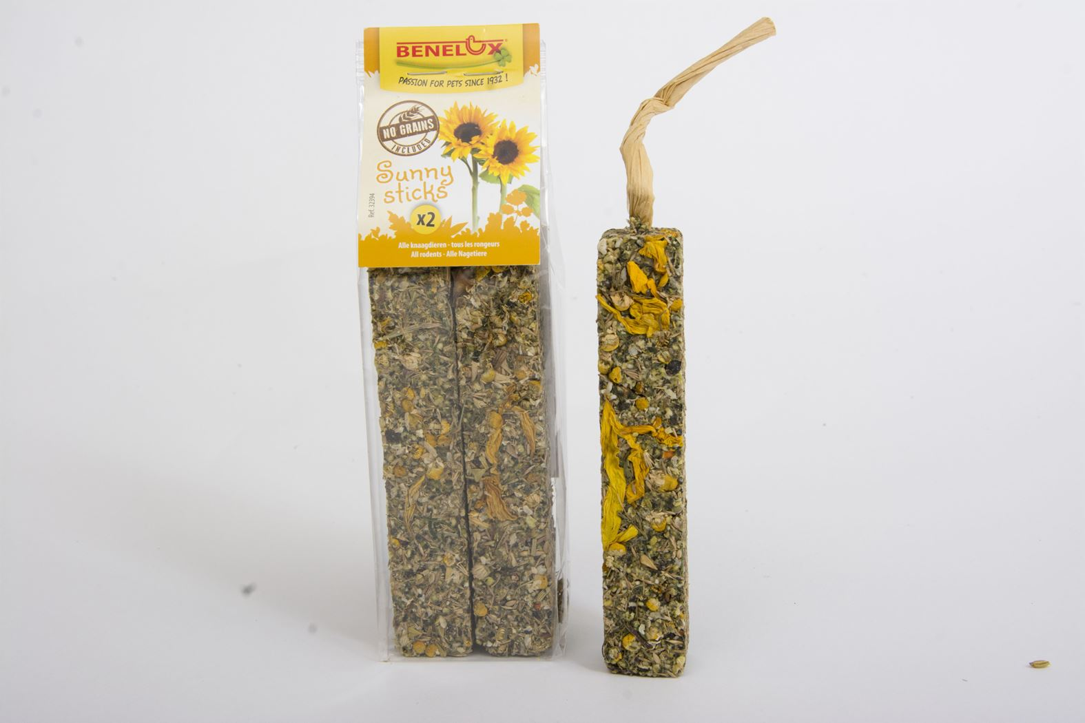 benelux sticks sunny grain free (2sts)