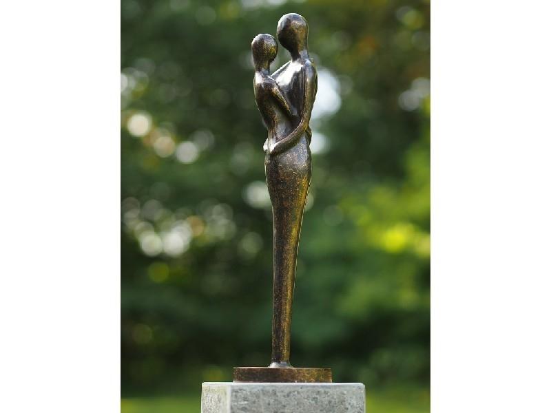 bronzen beeld - liefdespaar zwart brons