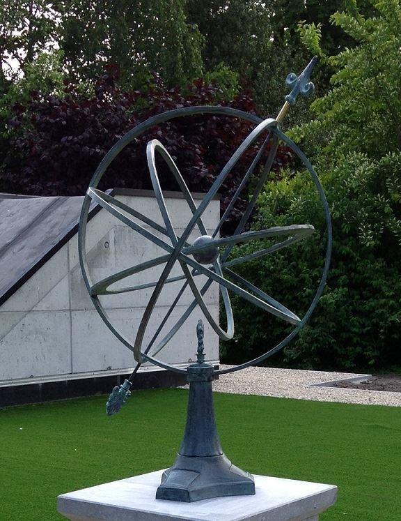 bronzen zonnewijzer groot