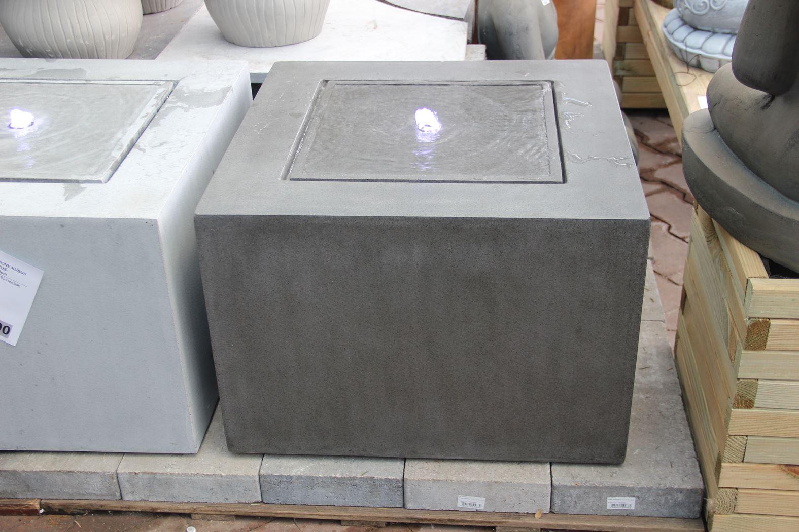 fontein fiberstone kubus donker grijs