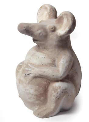 funny mouse sitting brown wash