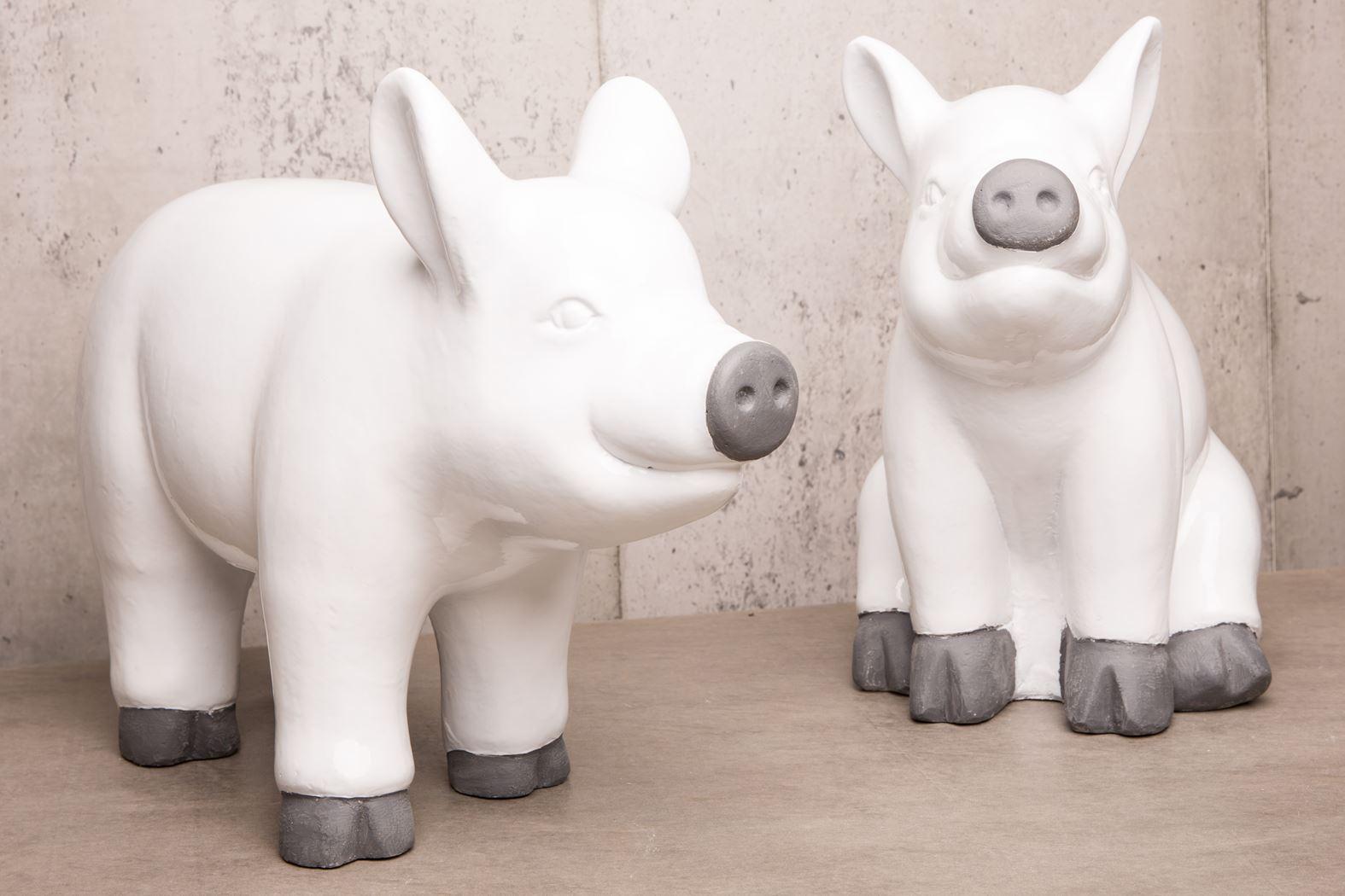 glaze pig stand white