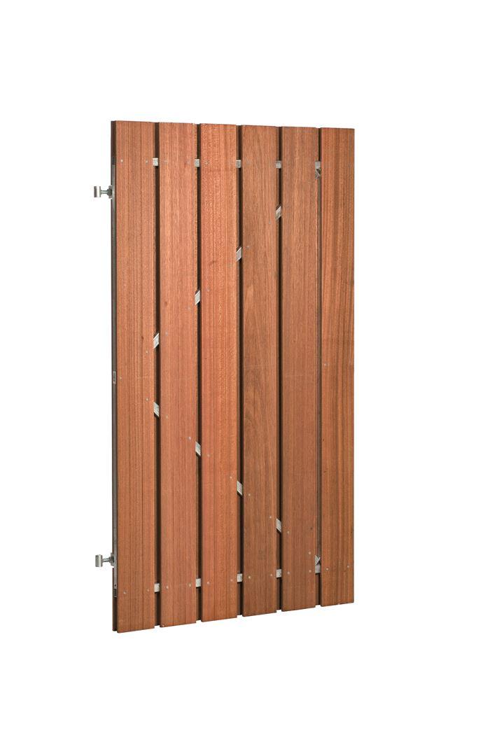 hardhouten plankendeur recht verticaal op verstelbaar stalen framen