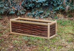 houten bloembak met wood and wicker