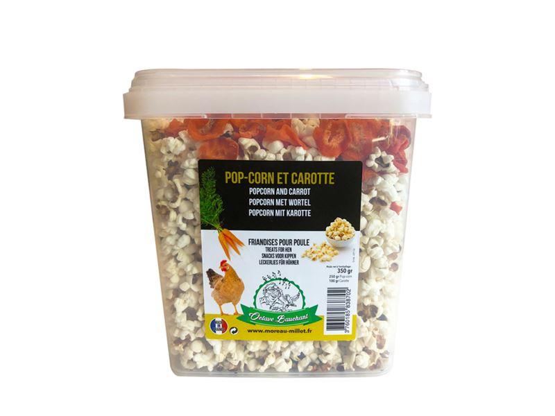 popcorn snacks met gedroogde wortel voor kippen