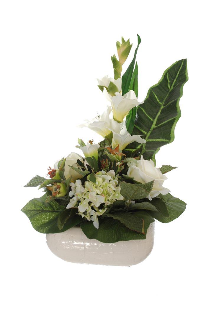 rose/hydrangea/gladiolus arrangement cream